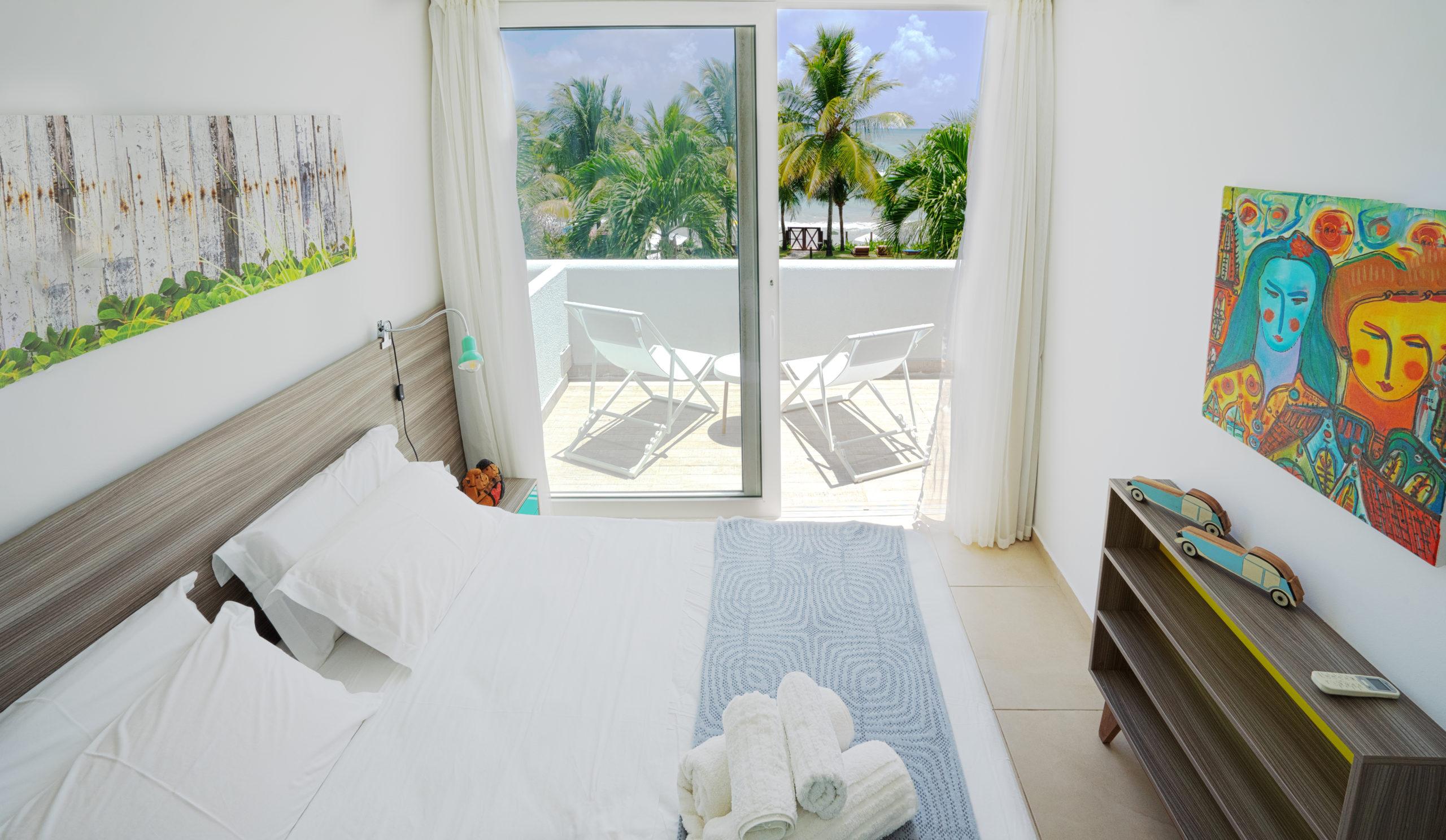bed room 204