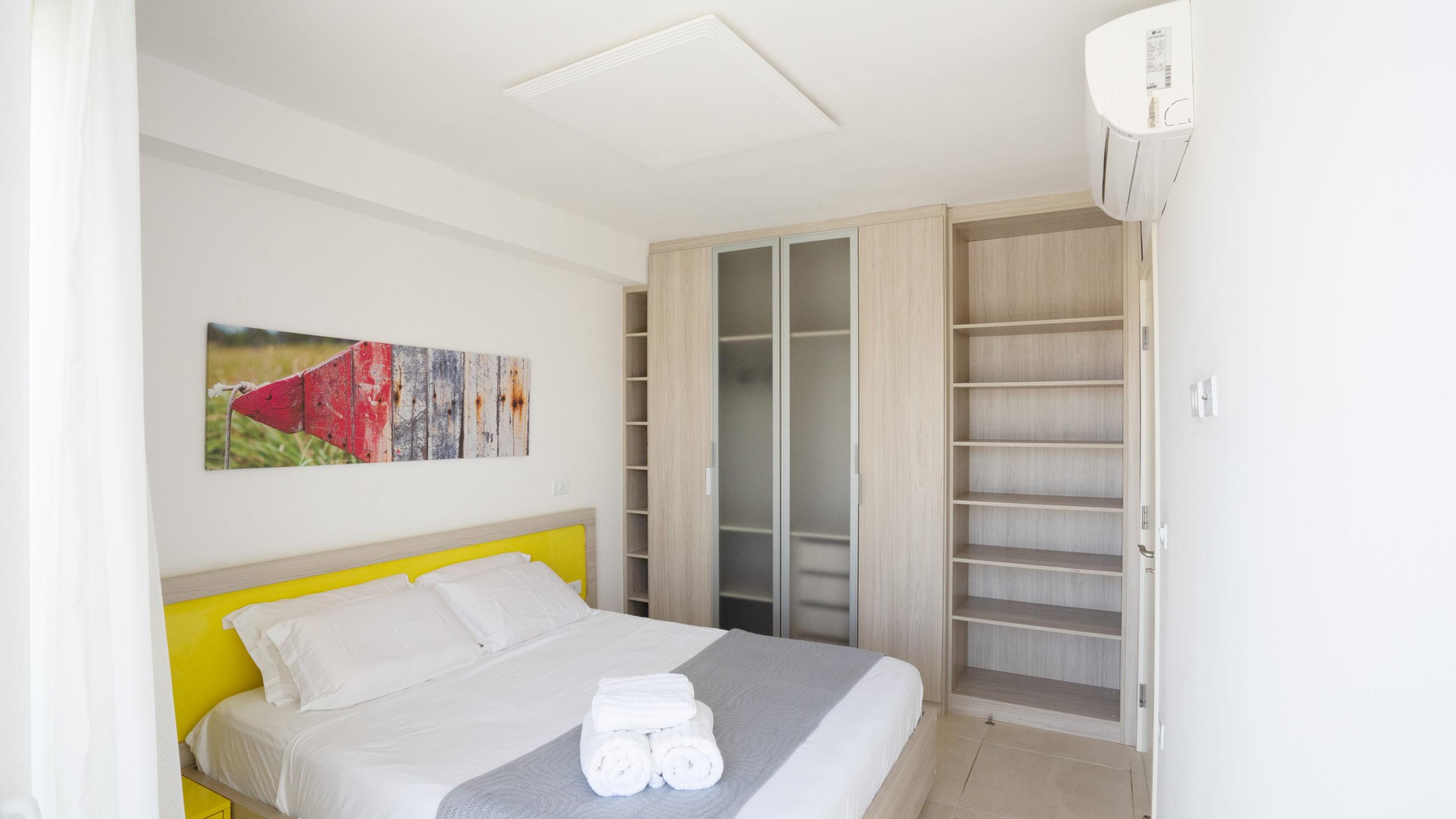 bed room 305
