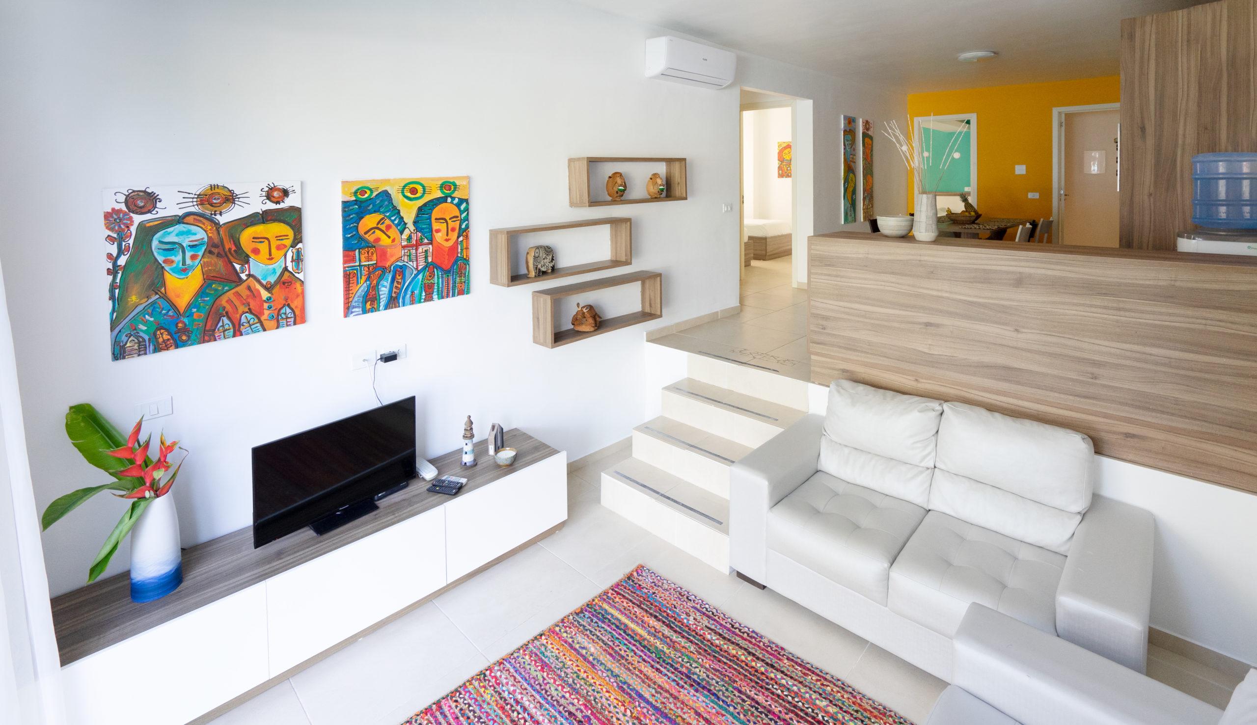 living room - family 102